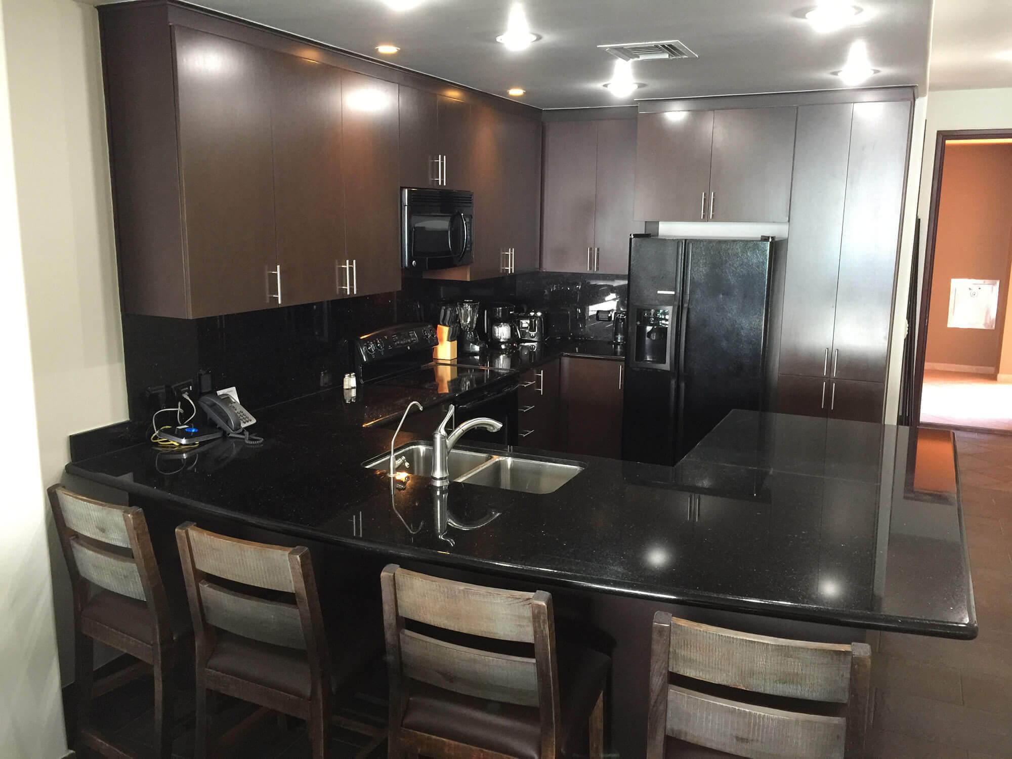 Rentals in rocky point las palomas coronado 803 - Bar area in kitchen ...